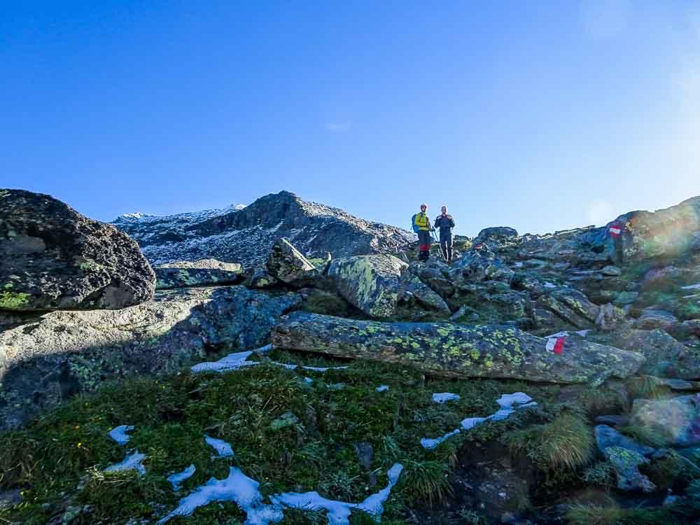 Aufstieg auf den Keeskogel beginnt (im Hintergrund der Gipfel).