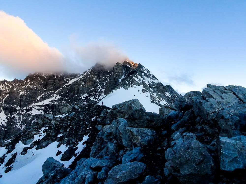 Hintergratkopf, im Hintergrund der Aufstiegsweg.