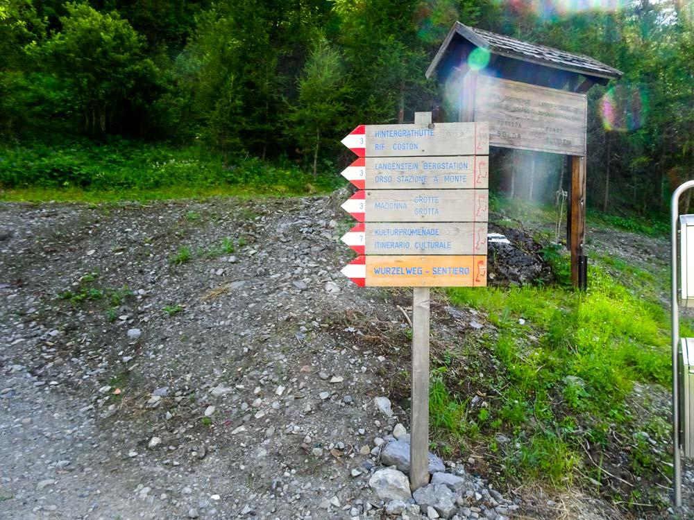 Wir gehen Richtung Hintergrathütte.