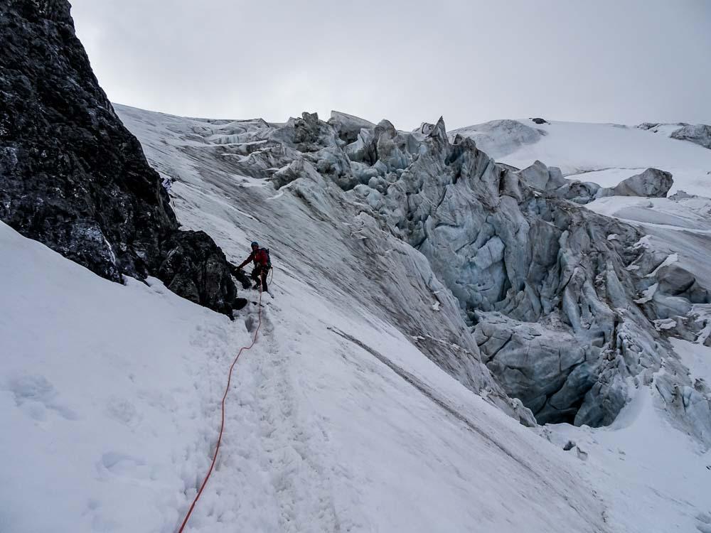 Abstieg in das Bärenloch (alternativ kann man abseilen).