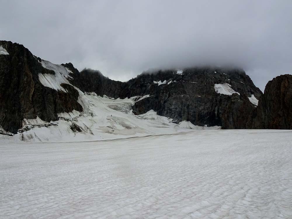 Rückblick zum Großen Grünhorn im Nebel ;)
