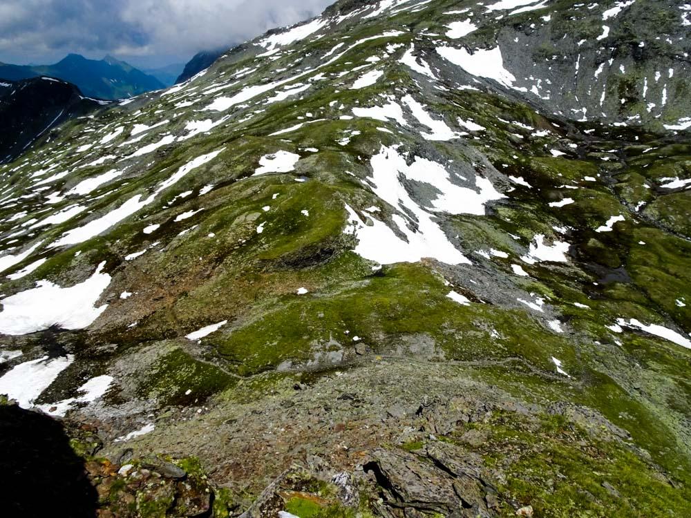 Unter dem Nordaufschwung des Messelings verläuft der Zentralalpenweg zur St.Pöltener Hütte.