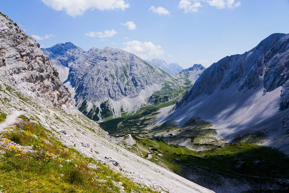 Berge und sanfte Täler