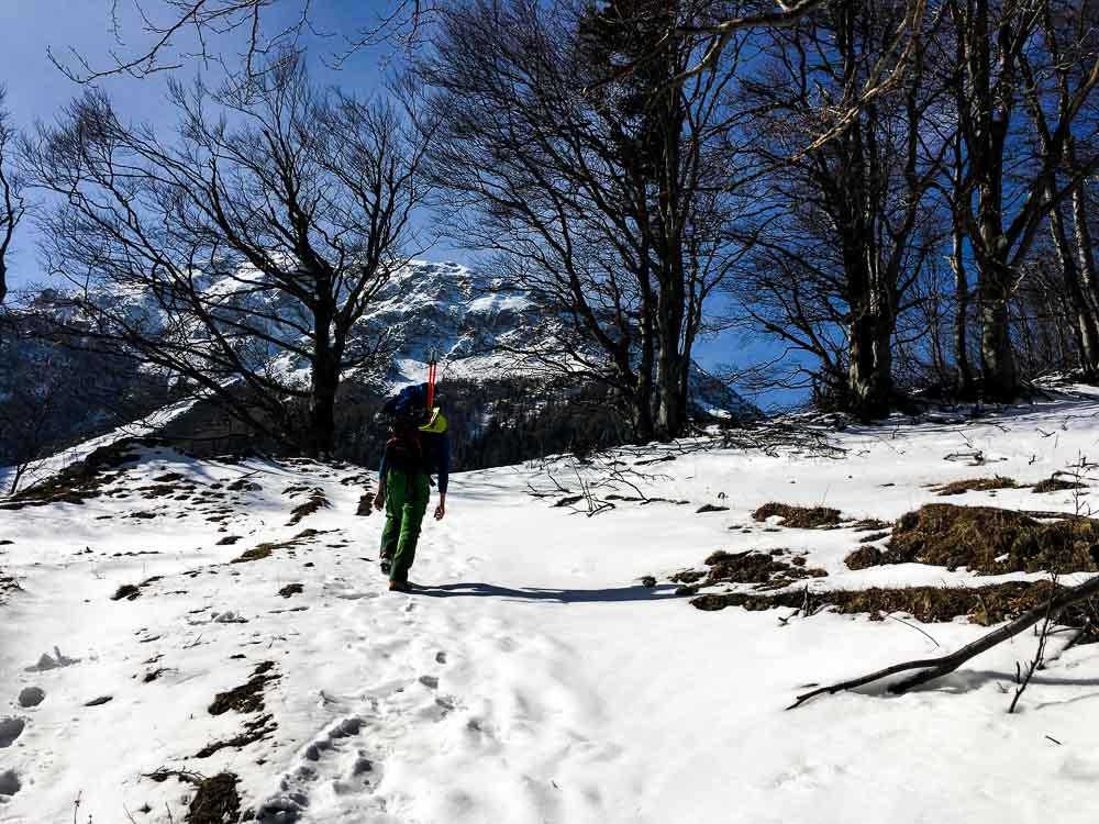Aufstieg Schneeberg mit großem Gepäck.