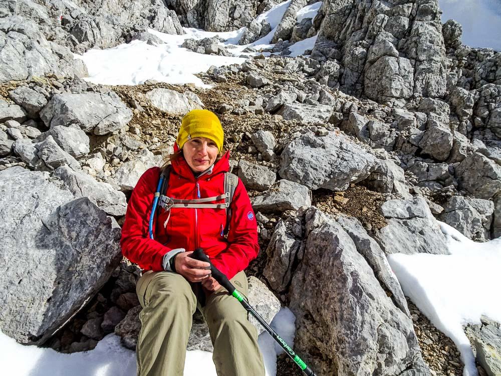 Steile Abstiege im Schutt und mit Schnnee hab ich besonders gern :P