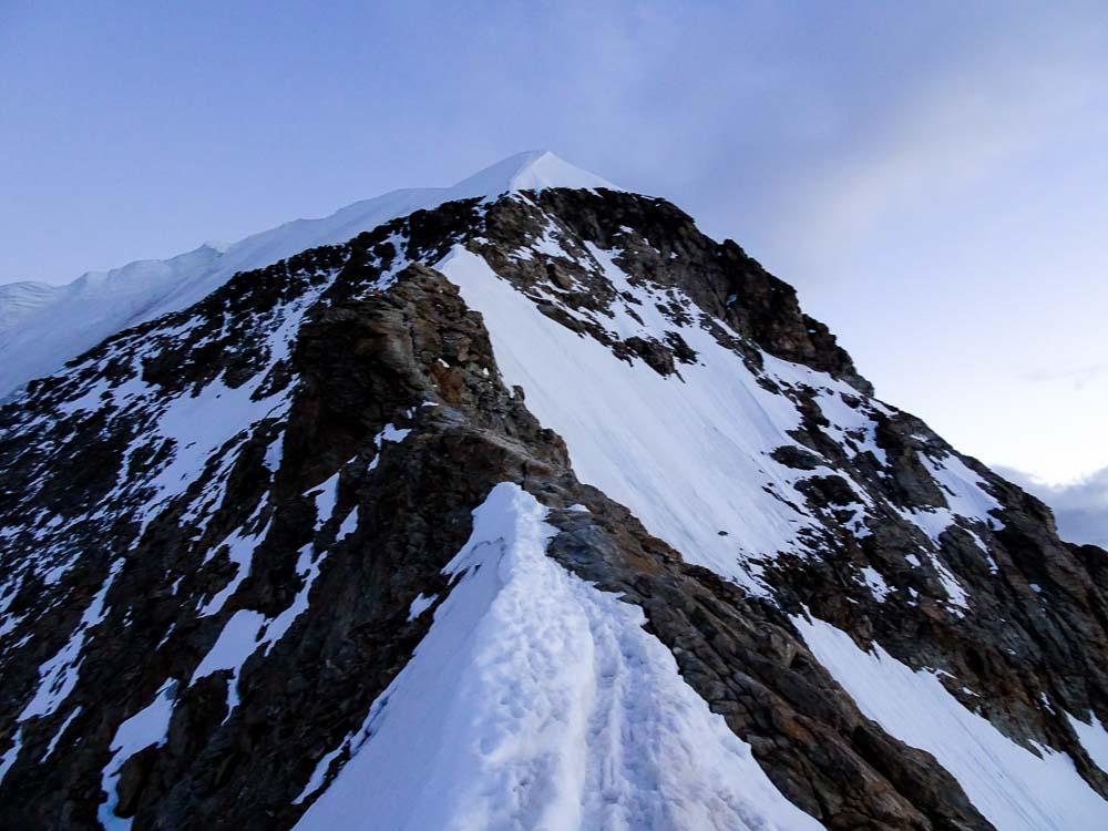 Aufstiegsweg am Mönch über den Grat.