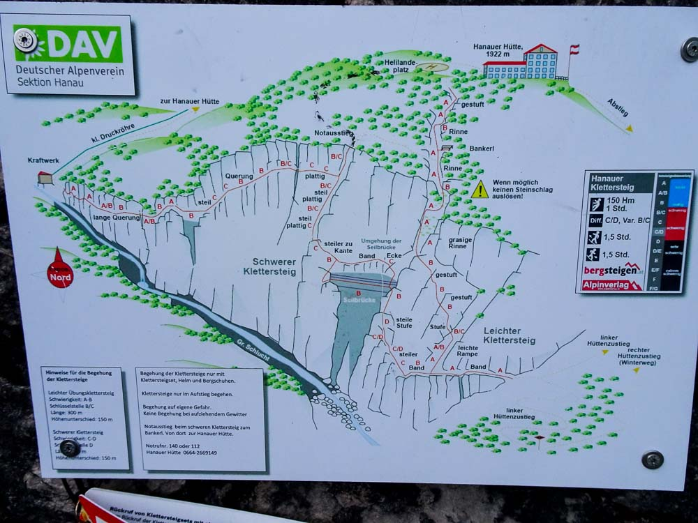 Hier gibt es einige Klettersteige