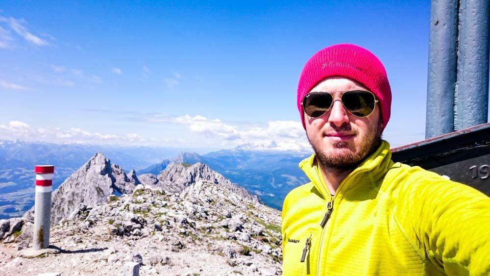 Gipfelfoto mit Dachsteinblick ;)