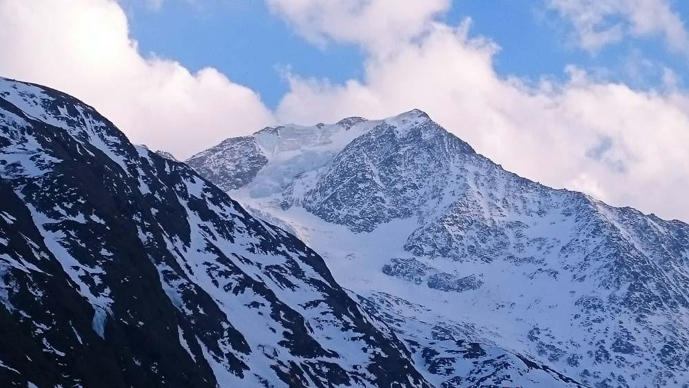 Die 1. Eiswand am Zustieg: Mutmalspitze - mittlerweile eine sehr riskante Tour